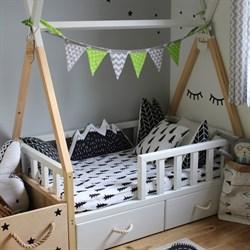 Кроватка Вигвам - с бортиками и ящиками - фото 5262